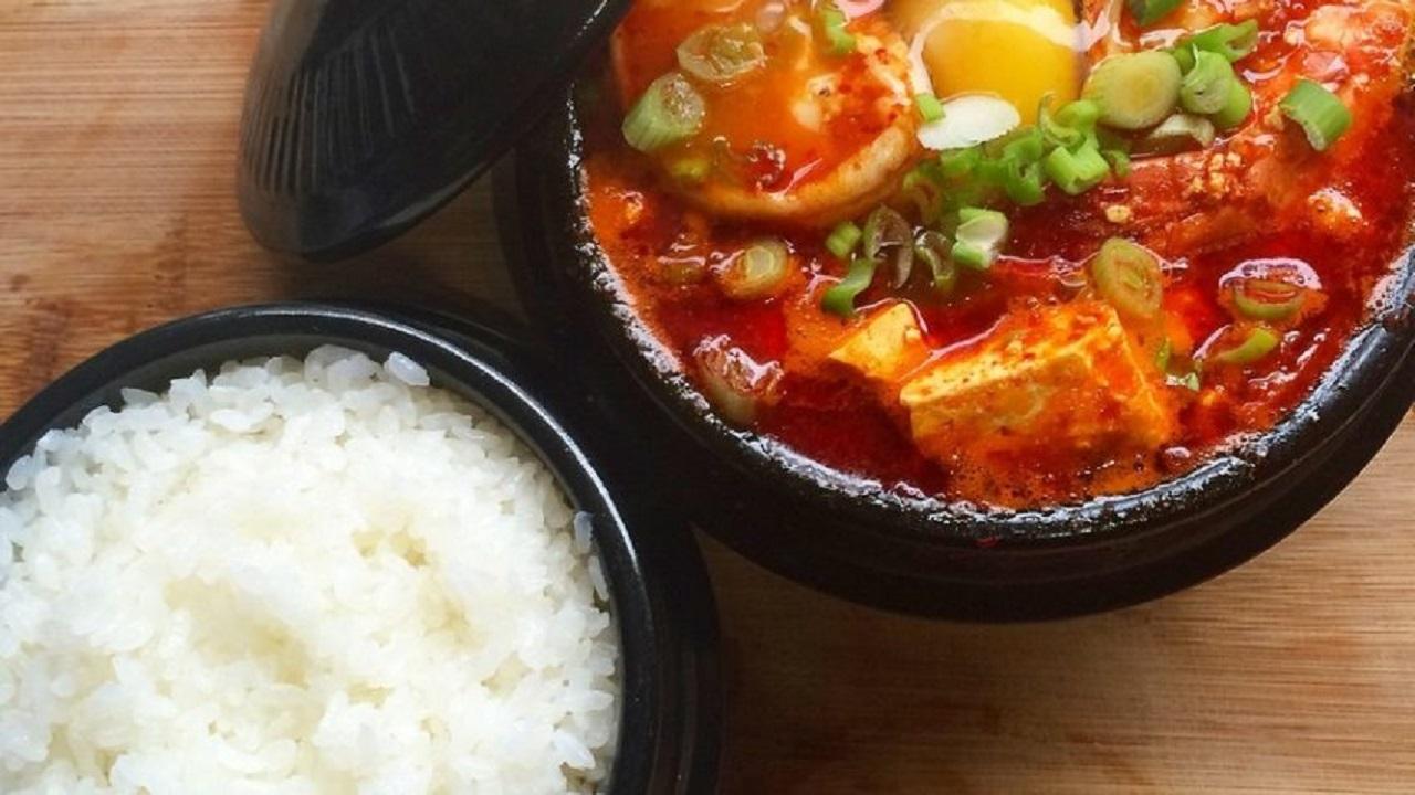 آموزش آشپزی؛ از خورش آلو مسما و ته چین ماهیچه تا اکبر جوجه خانگی + تصاویردر گزارش زیر طرز تهیه چند نوع غذای خوشمزه و مقوی را به شما آموزش میدهیم.