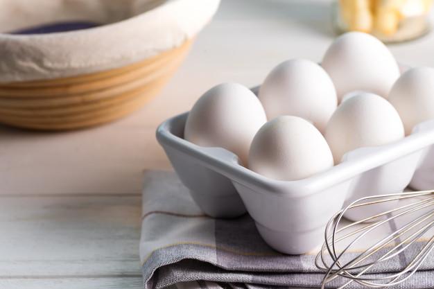 نرخ مصوب تخم مرغ پوسته سفید در میادین میوه و تر بار چقدر است؟