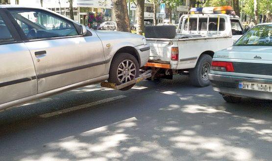 آیا نداشتن مدارک خودرو منجربه انتقال ماشین به پارکینگ میشود؟