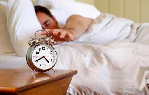 زیاد خوابیدن موجب ابتلا به آلزایمر میشود