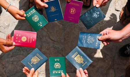 چرا رنگ پاسپورتها با هم متفاوت است؟