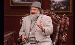 محمدرضا شریفینیا هم از لباس پوشیدن مجری «دورهمی» ایراد گرفت/ پاسخ جالب آقای بازیگر به بازجوی ساواک + فیلم