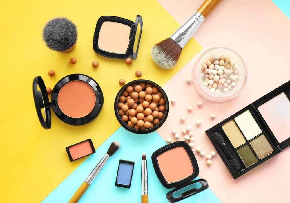 (گزارش) بازار لوازم آرایشی تشنه ساخت داخل؛  دلایل آمار بالای قاچاق لوازم آرایشی