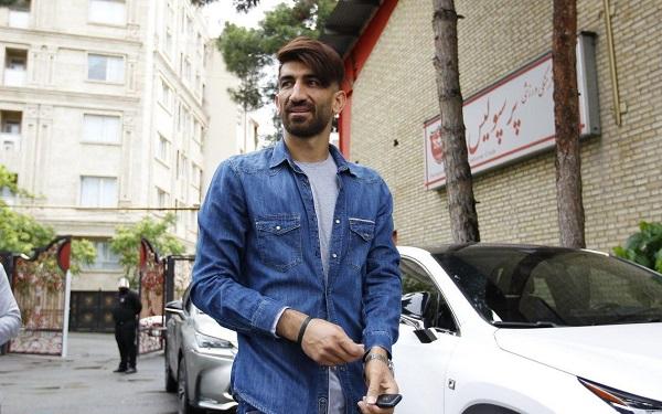 بازیکن معروف ایرانی که خود را نوستراداموس میداند!