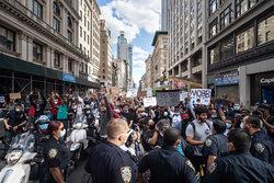 تداوم اعتراضات آمریکا و سکوت رسانههای عربی