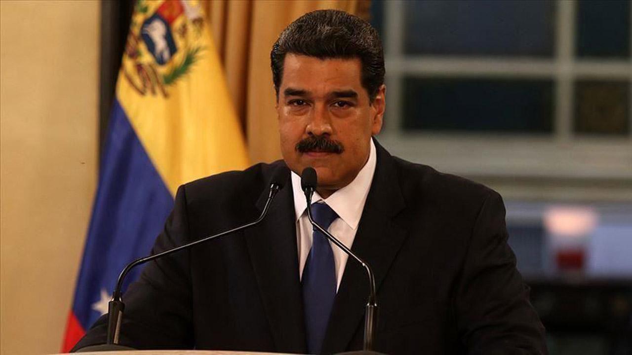 تقدیر مجدد مادورو از ارسال نفتکشهای ایران به ونزوئلا