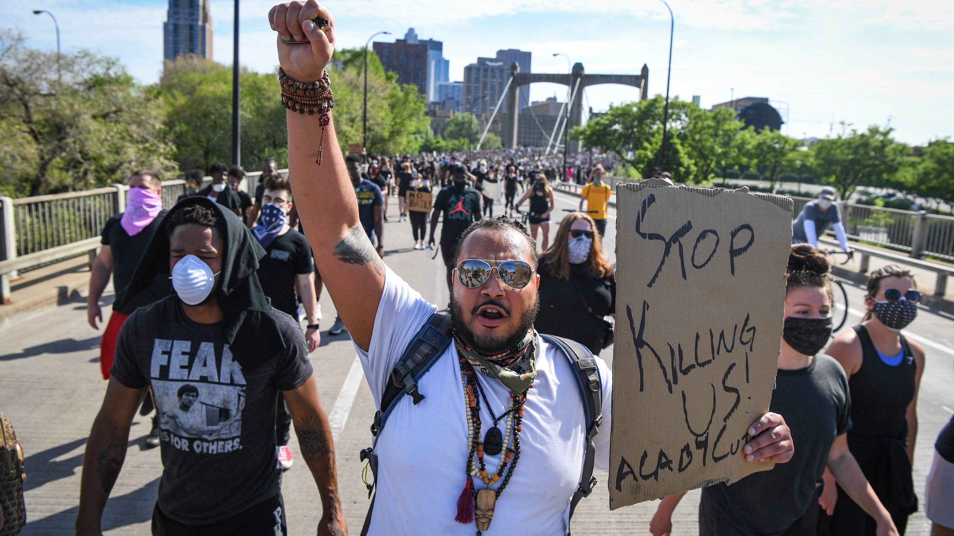 اعتراض کنندگان آمریکایی فقط سیاه پوستان نیستند