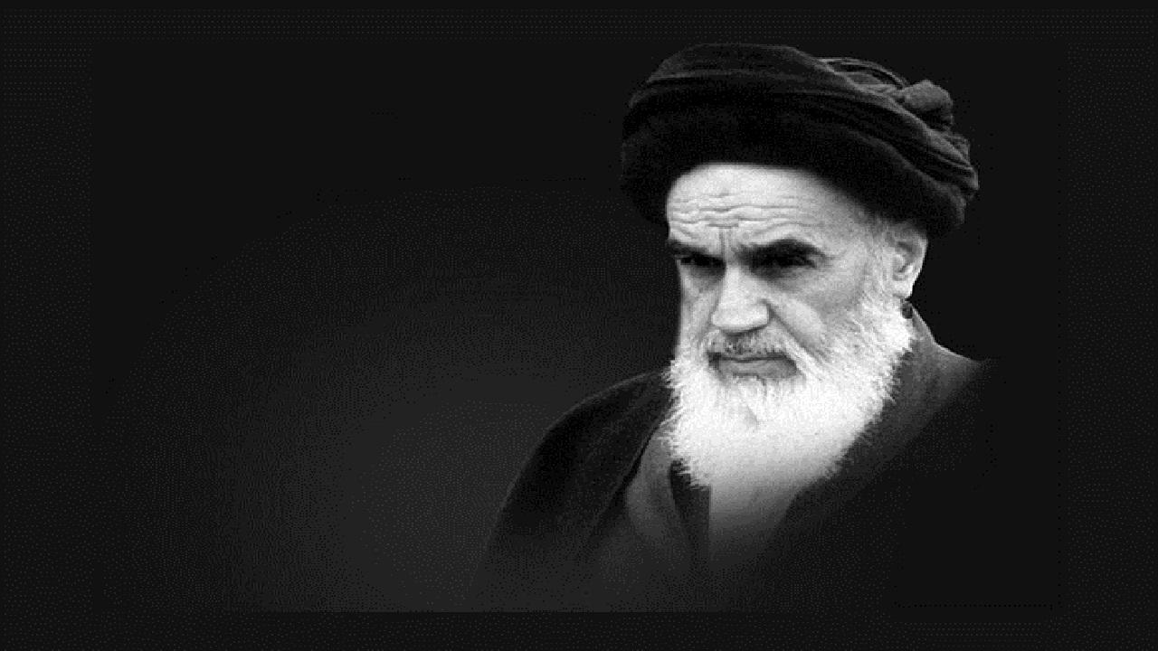 بازخوانی بیانات رهبر انقلاب درباره ویژگیهای خاص امام خمینی(ره)