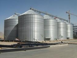 سیلوهای استان زنجان، ظرفیت ذخیره ۶۰۰ هزار تن گندم را دارد