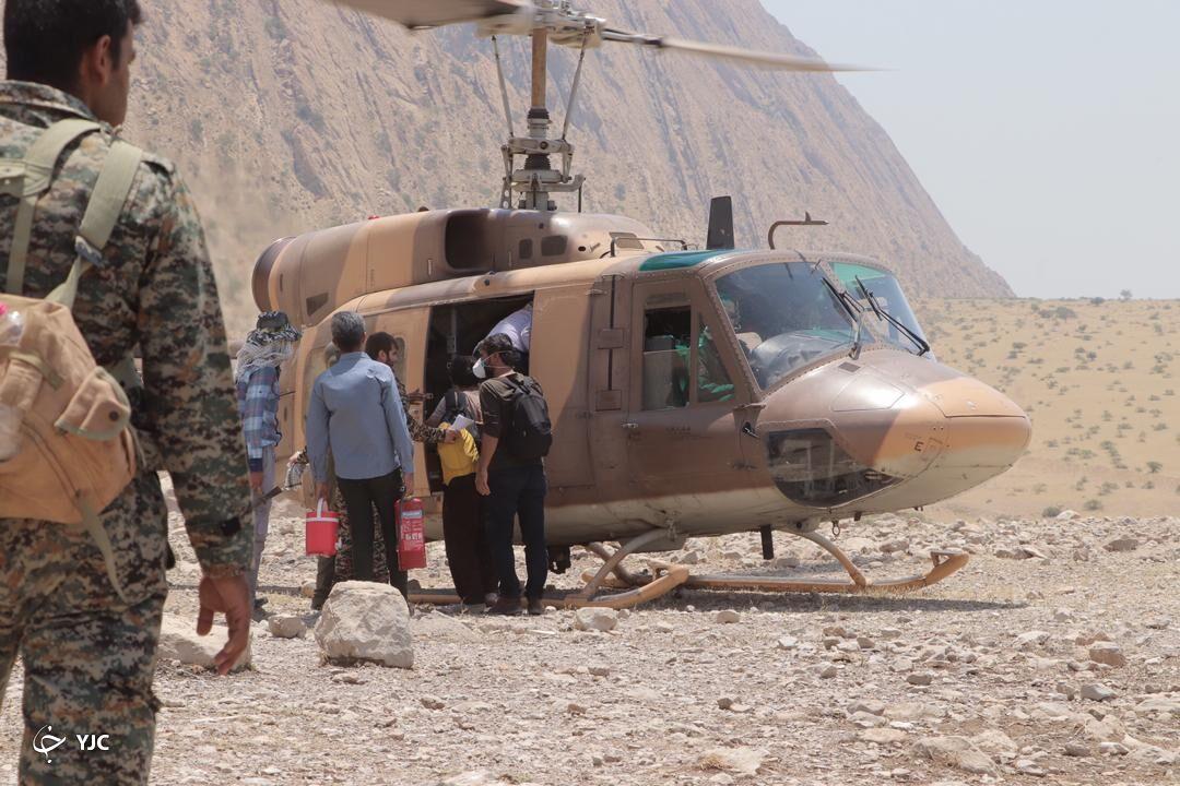 اعزام تیمهای نیروی زمینی ارتش برای مداوای حیوانات جنگلهای زاگرس