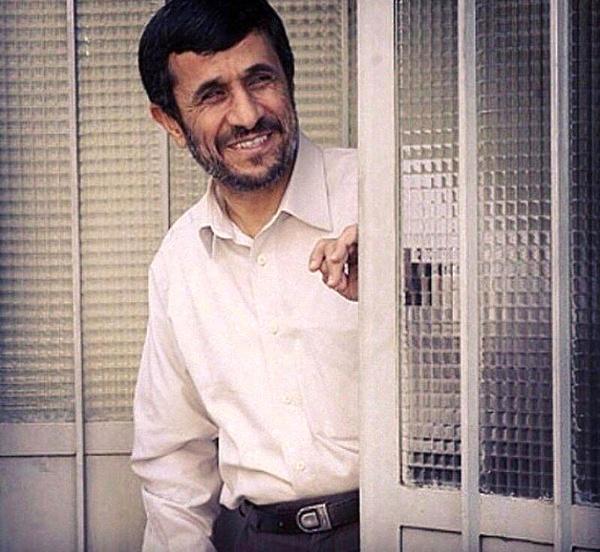 احمدینژاد مدل ۸۴ یا مدل ۹۶؛ کدام یک برای انتخابات ریاستجمهوری ۱۴۰۰ میآید؟