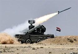 مقابله پدافند هوایی سوریه با جنگندههای متجاوز صهیونیستی + فیلم