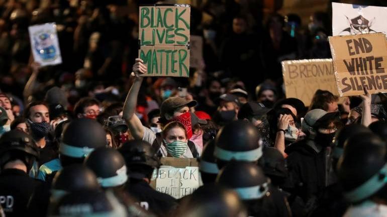 ///نژادپرستی در جامعه آمریکا نهادینه است، در دوران ترامپ فقط نمود بیشتری دارد
