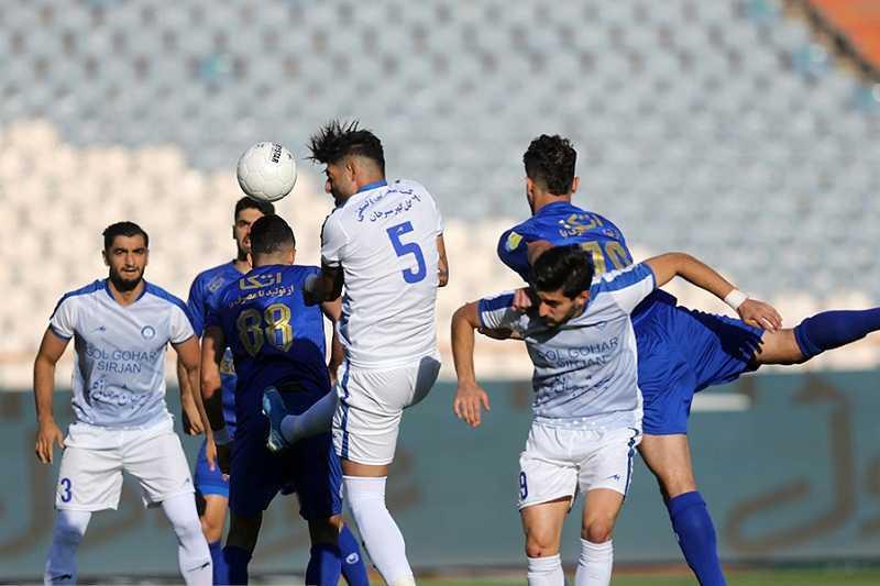 تمایل باشگاه گلگهر به میزبانی در تهران برای ادامه لیگ