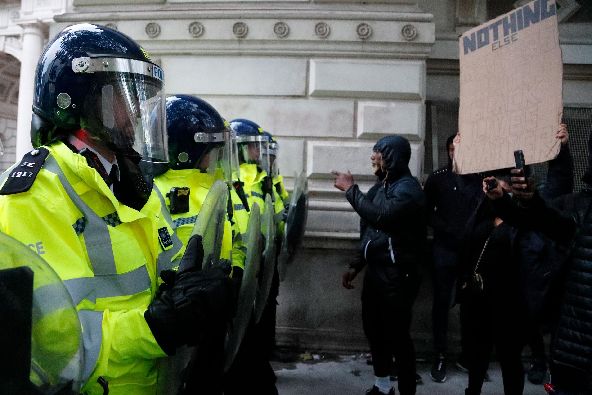 اعتراضات آمریکاییها به نژادپرستی وارد سیزدهمین روز خود شد