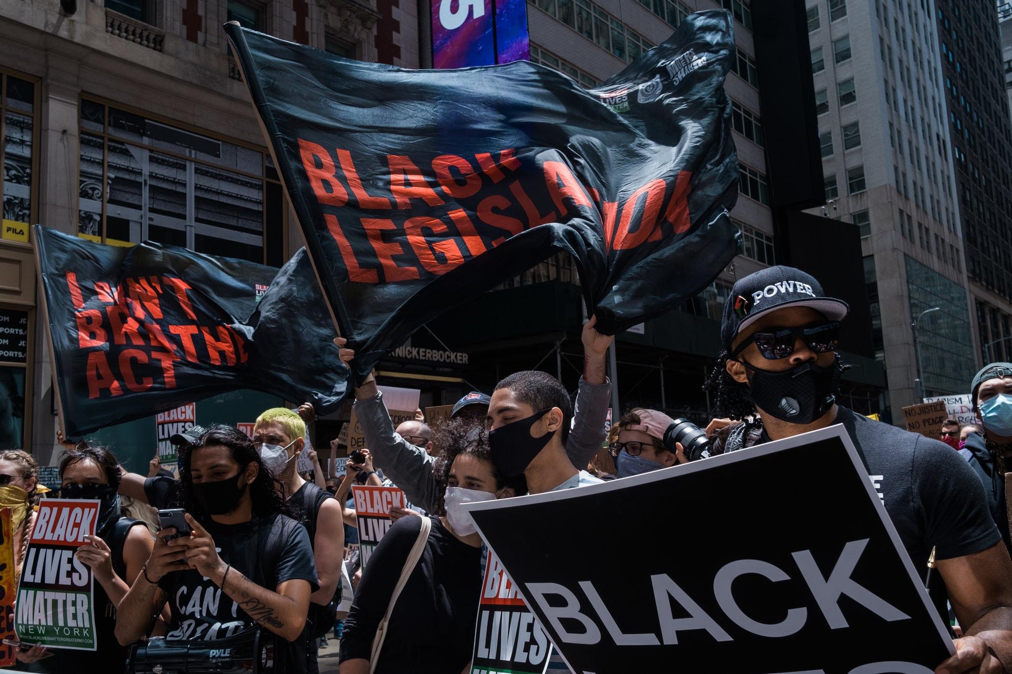 اعتراضات آمریکاییها به نژادپرستی وارد سیزدهمین روز خود شد/ ادامه تظاهرات در واشنگتن در پی خروج گارد ملی
