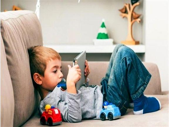دود اعتیاد مجازی خانواده ها در چشم فرزندان؛ گلایههای پیامبر از والدین آخرالزمانی