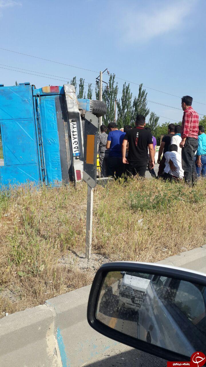 چپ کردن نیسان در جاده ارومیه + تصاویر