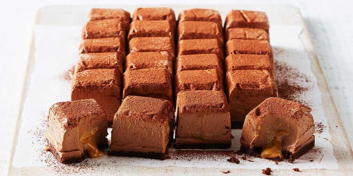 چیز کیک کاراملی لقمهای خوشمزه و ساده + طرز تهیه