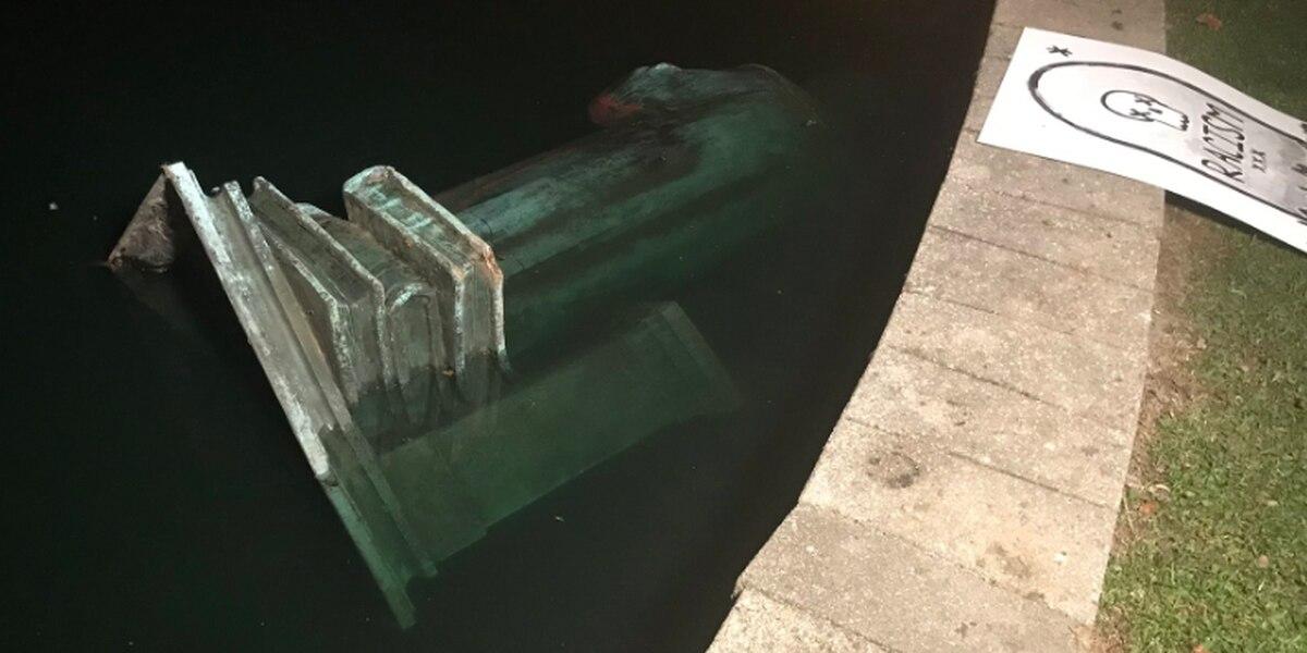 مجسمه کریستوف کلمب در آمریکا به آتش کشیده شد+ تصاویر