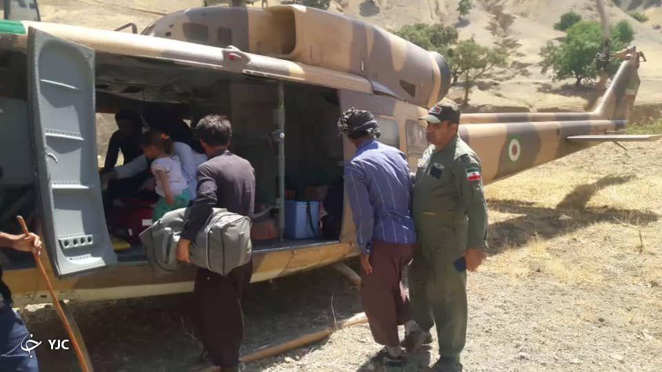 انتقال زن باردار توسط هوانیروز ارتش از ارتفاعات دزفول به یک مرکز درمانی