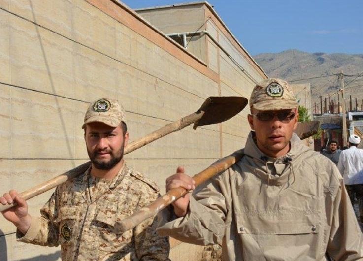 ۷۵ درصد جانبازی؛ یادگاری دفاع مقدس برای سردار سازندگی مکران + تصاویر
