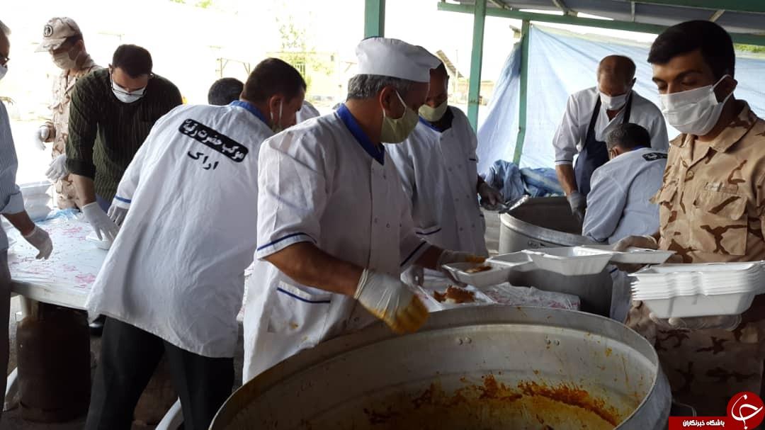 تداوم طبخ غذای گرم برای نیازمندان اراکی