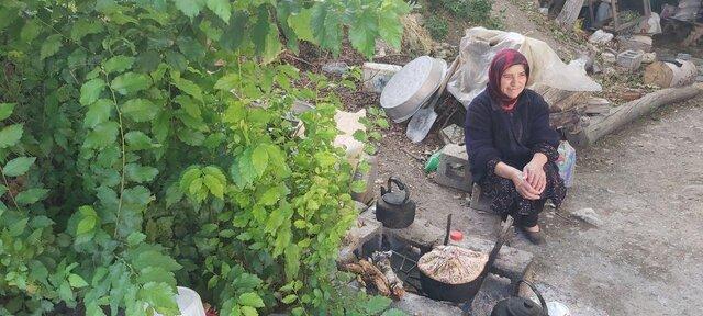 زنی که ۶۰ سال است در کوهستان زندگی میکند