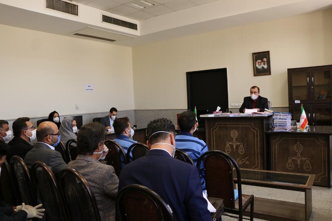 اولین جلسه دادگاه  شهردار سابق صدرا برگزار شد