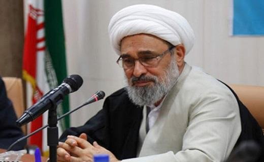 جایگاه رفیع ناجا در نظام جمهوری اسلامی ایران / از آدمهای نالایق چهره سازی نشود