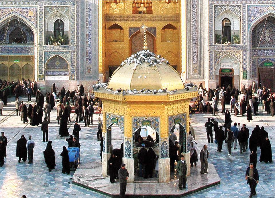 بانی مشهورترین سقاخانه ایران که در حرم مطهر رضوی قرار دارد، کیست؟