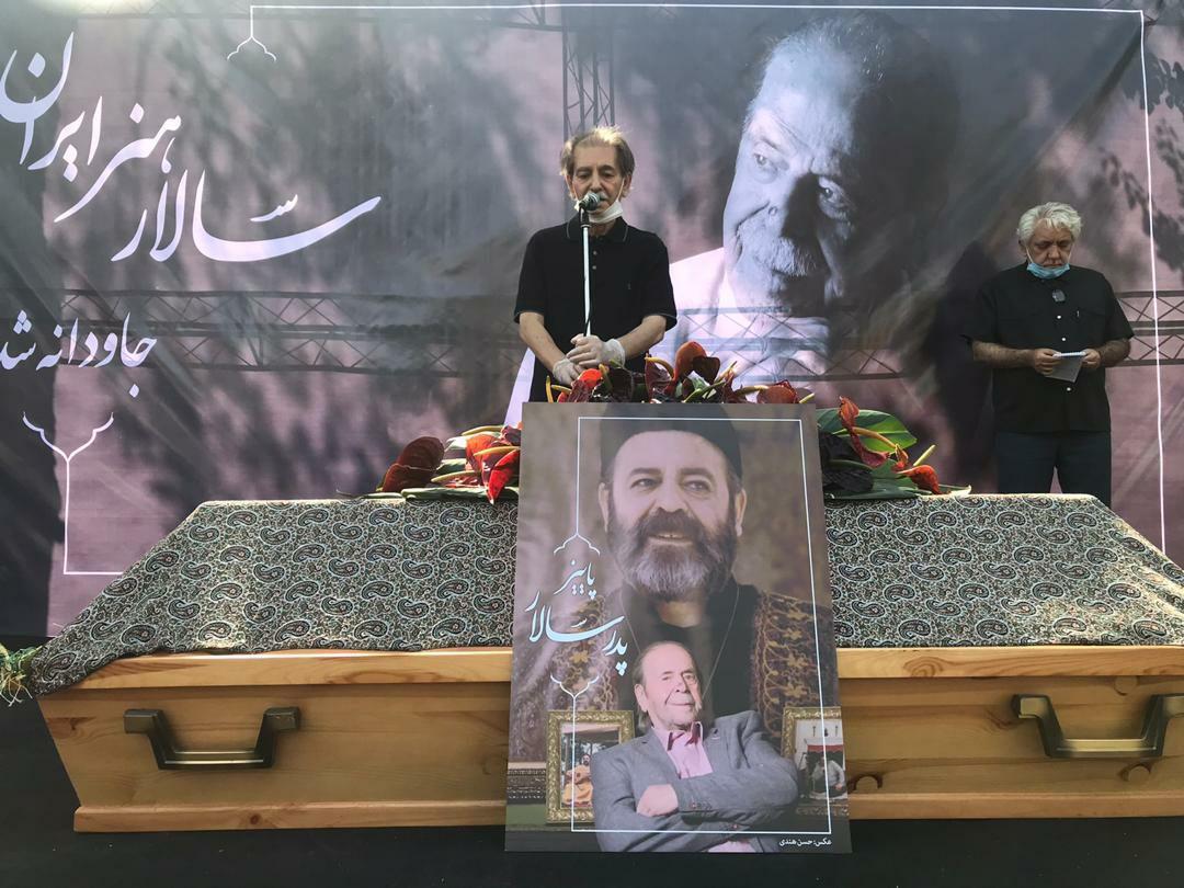 مراسم تشییع محمدعلی کشاورز برگزار شد/وداع هنرمندان با پدرسالار سینمای ایران