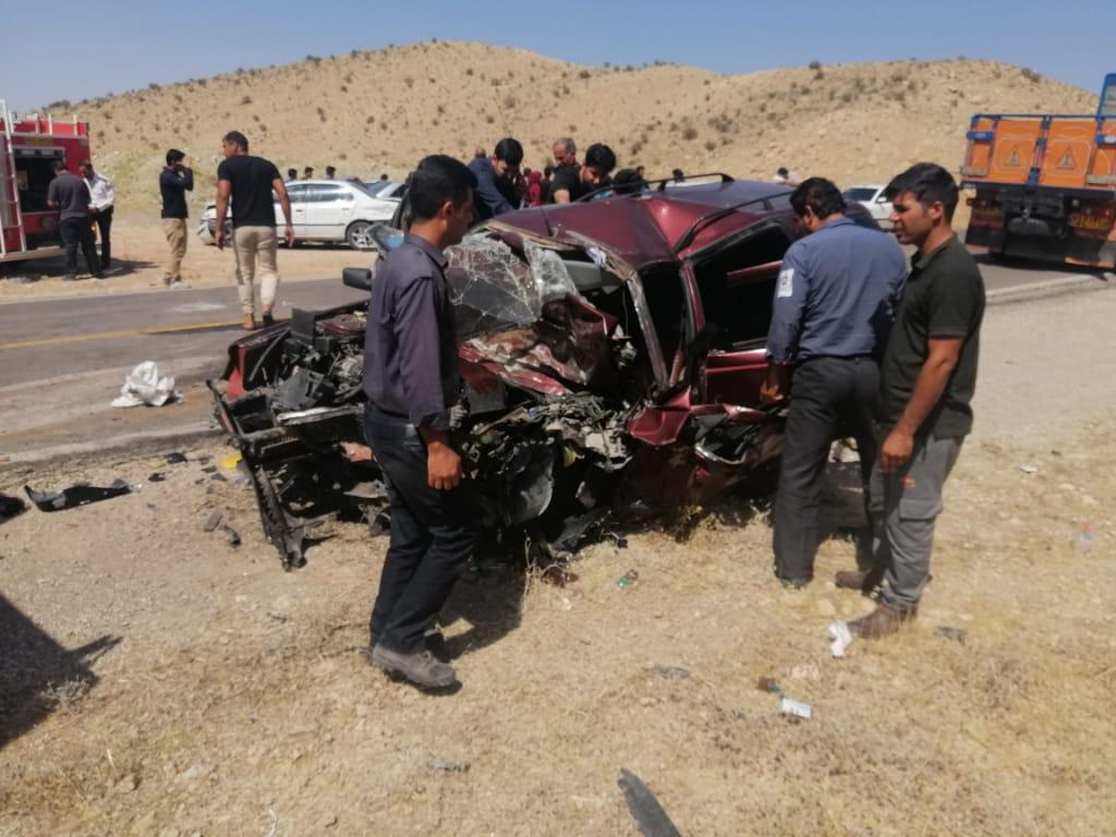 مصدومیت ۱۲ نفر در دو تصادف محور محور قیر-فیروزآباد