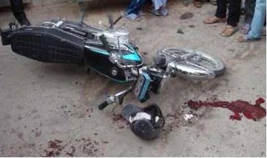 جان باختن موتورسوار در سانحه جادهای همدان