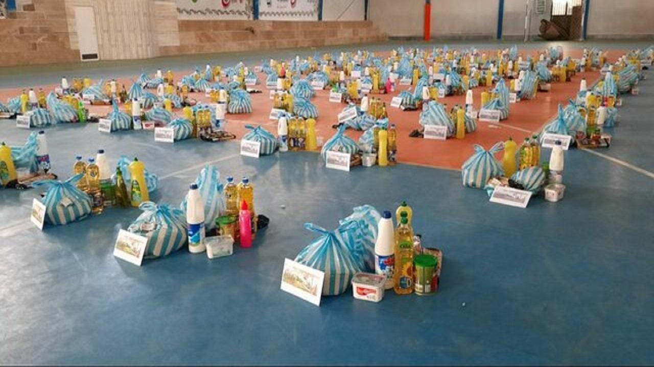 ۱۵۰۰ بسته معیشتی در شاهرود توزیع شد