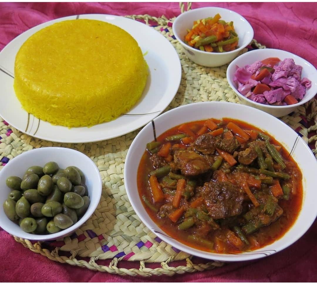 طرز تهیه خورشت لوبیا سبز با گوشت قرمز و مرغ