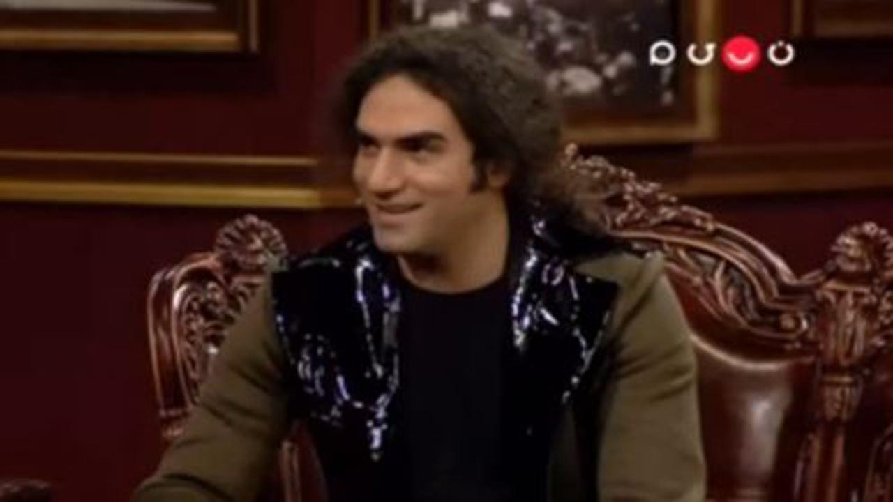 وقتی مهران مدیری وسط دورهمی لباس مهمان برنامه را عوض کرد + فیلم