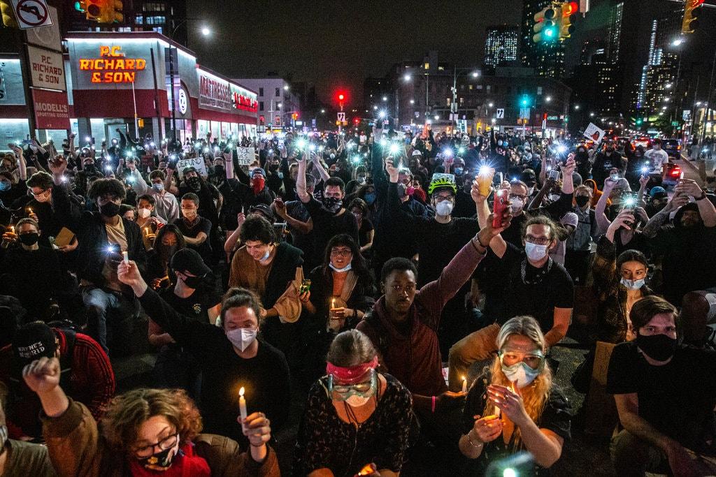 معترضان آمریکایی در سالروز پایان بردهداری به خیابانها ریختند+ تصاویر