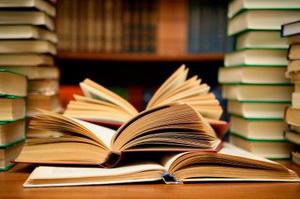 پارادوکس صنعت نشر در سه ماهه نخست امسال /کاهش عناوین منتشر شده همراه با افزایش شمارگان کتاب