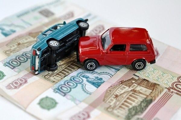 بازار خودرو در سربالایی قیمت ها قرار گرفت