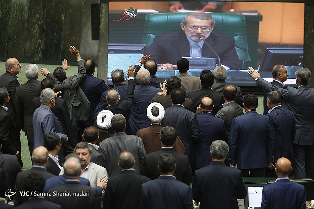از مذاکراتی جدید با شورای نگهبان برای برگزاری انتخابات الکترونیک تا دیدار فرماندهان ارشد نظامی با لاریجانی