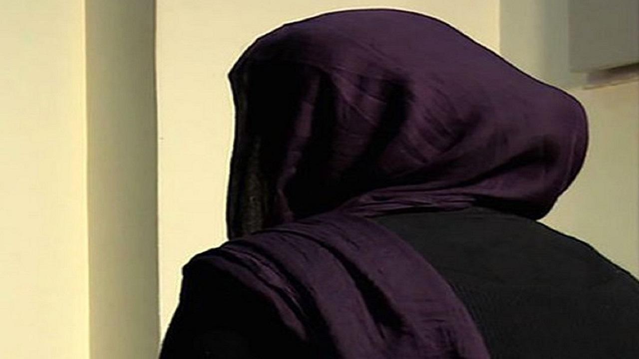 زن میانسال: همسرم با رازی که در سینه دارم مرا تهدید میکند