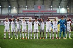 فرانسویها اطراف نیمکت تیم ملی فوتبال ایران