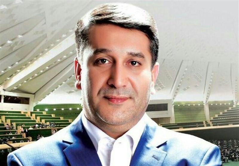 اخبار ضد و نقیض در خصوص بازداشت نماینده سابق مجلس/ همسر عزیزی: همسرم بیمارستان است