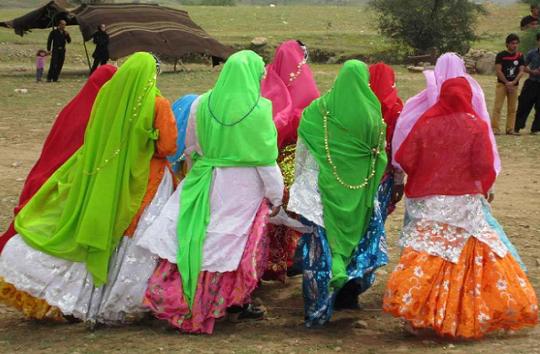 لباس محلی پوششی از جنس فرهنگ و هویت