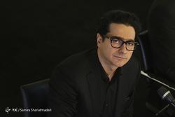 کنسرت پرحاشیه همایون شجریان در تالار وحدت/ رهبر ارکستر سمفونیک تهران خداحافظی کرد