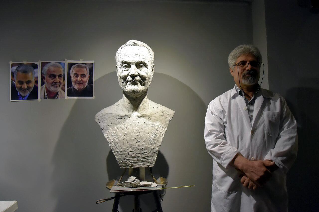 آیا این مجسمه ناپیدا متعلق به شهید سلیمانی است؟ +عکس