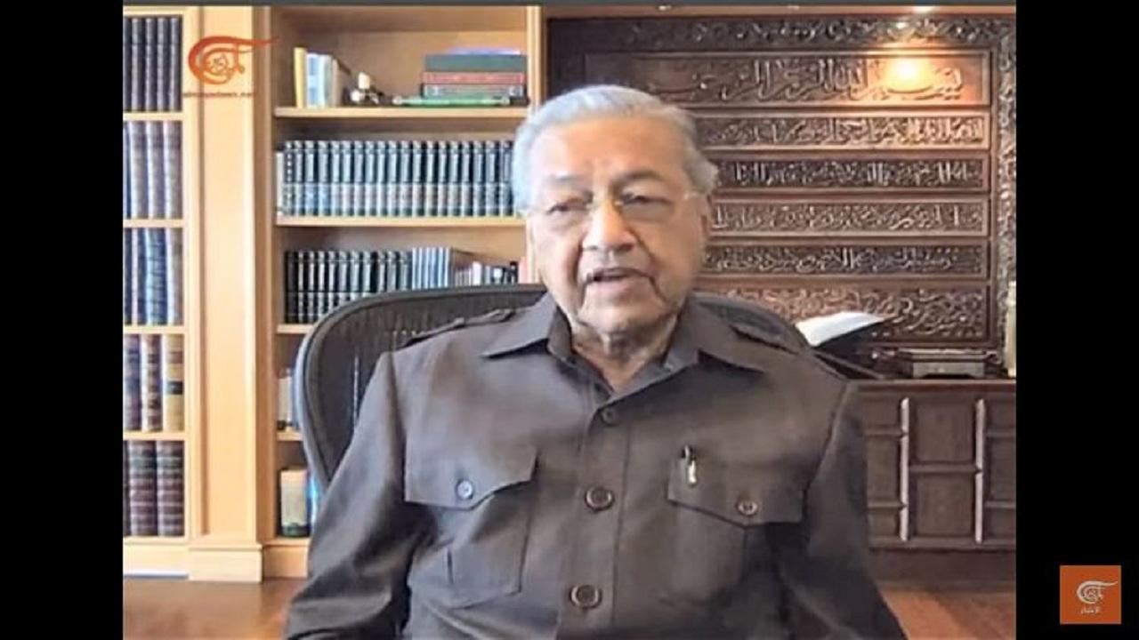 ماهاتیر محمد: مبارزه با اسرائیل باید ادامه پیدا کند