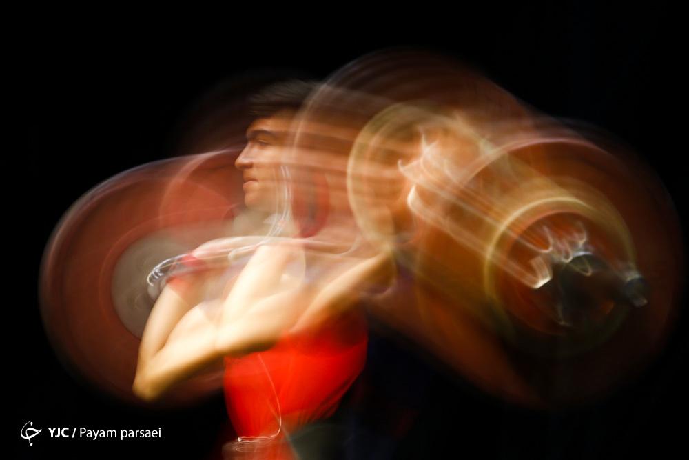 از حضور جهانبخش در هلند و صدرنشینی پرسپولیس در ایران تا تعیین سرمربی تیم ملی فوتسال