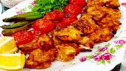 آموزش آشپزی؛ از کباب شیش طاووق و نان گوشتی عراقی تا رولتی بینظیر بدون نیاز به فر+ تصاویر